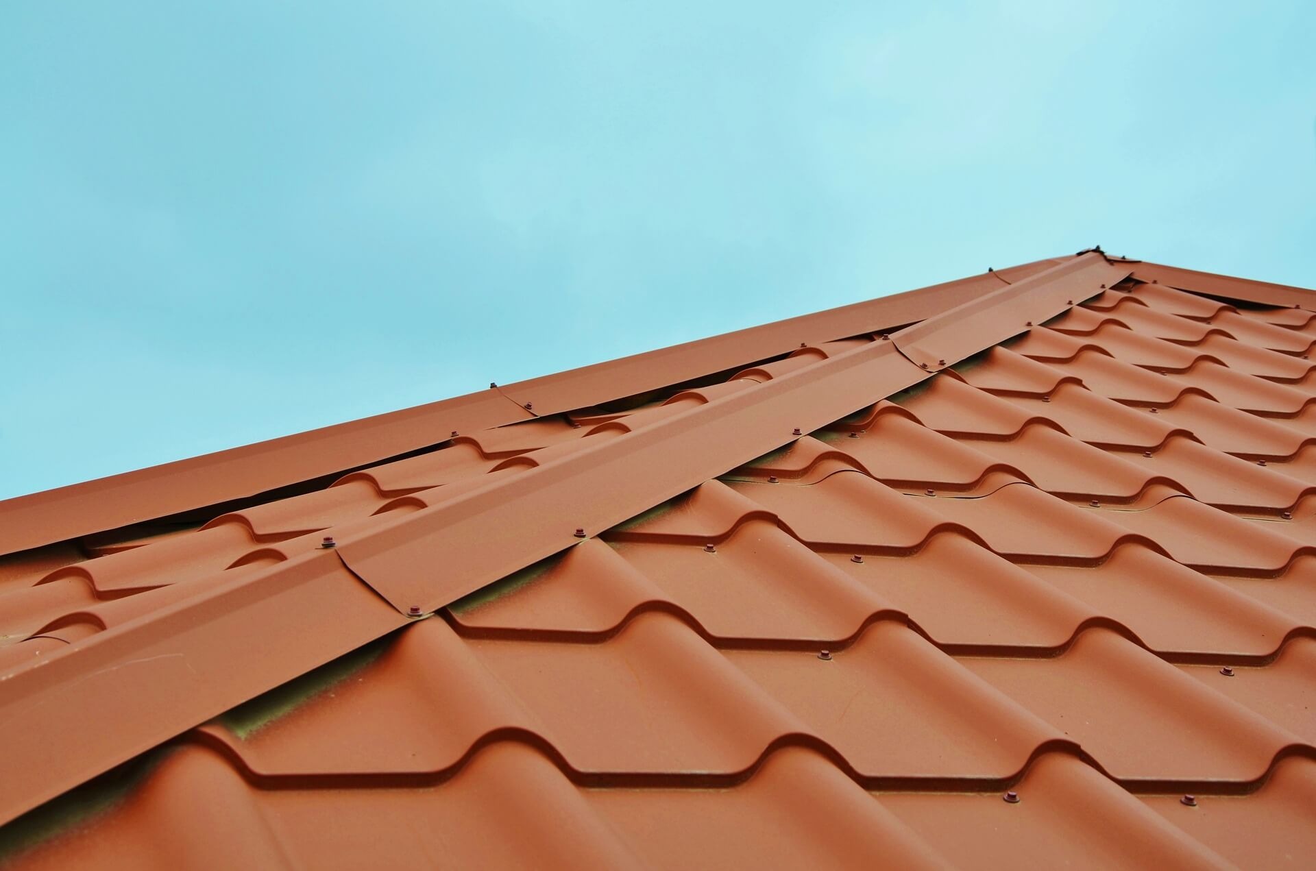 Installing a New Roof | 4 Warning Signs