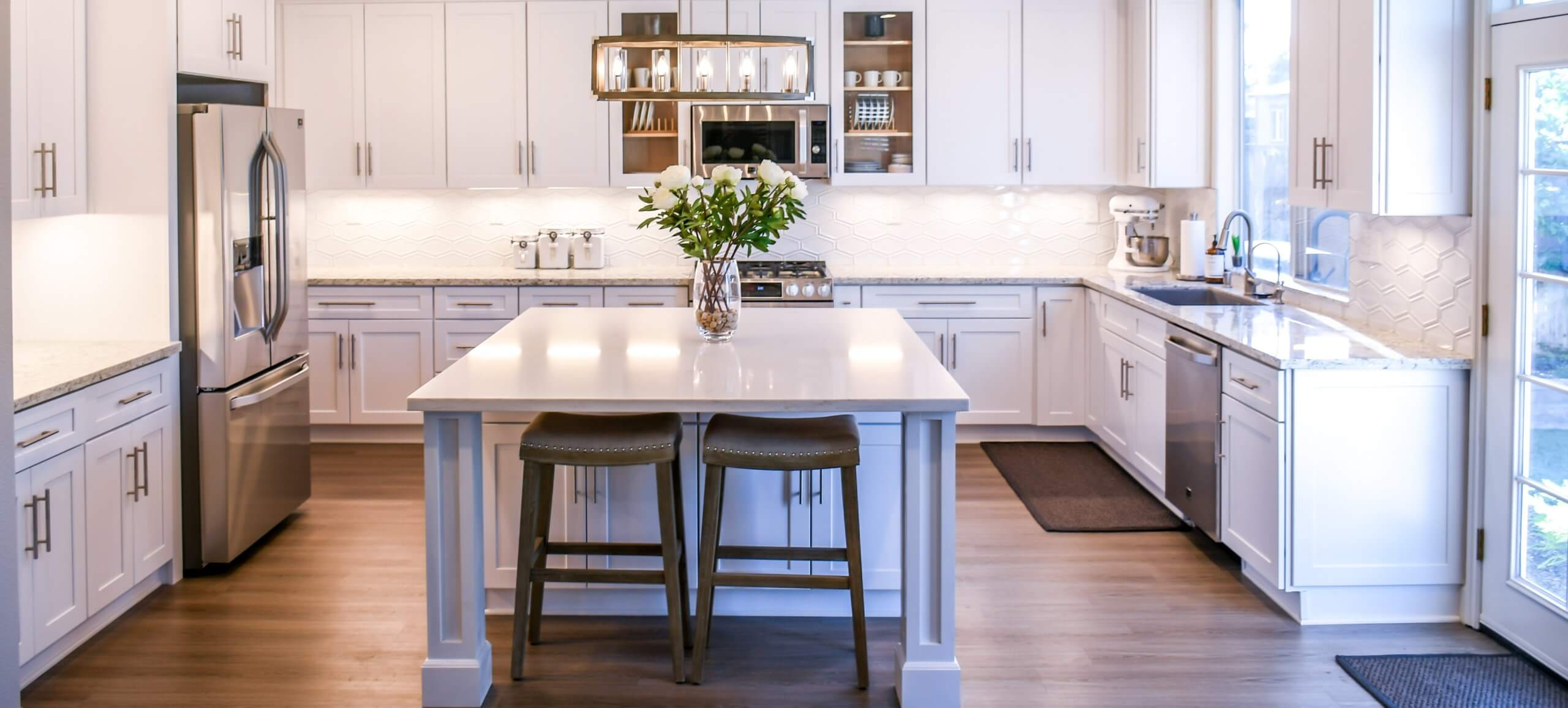 Kitchen Remodeling Contractors: 6 Signs that your Kitchen is Ready for Remodel