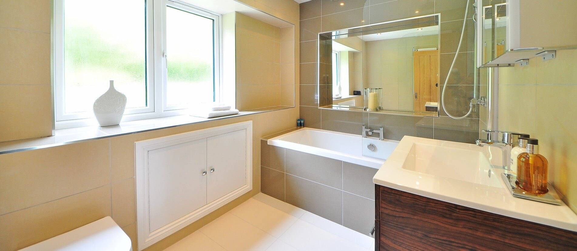 6 Bathroom Remodeling Tips: Professional Insights